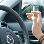 中古車 タバコ臭い車、ペット臭がする車はパスした方が無難。匂いはプロでも落とせない。